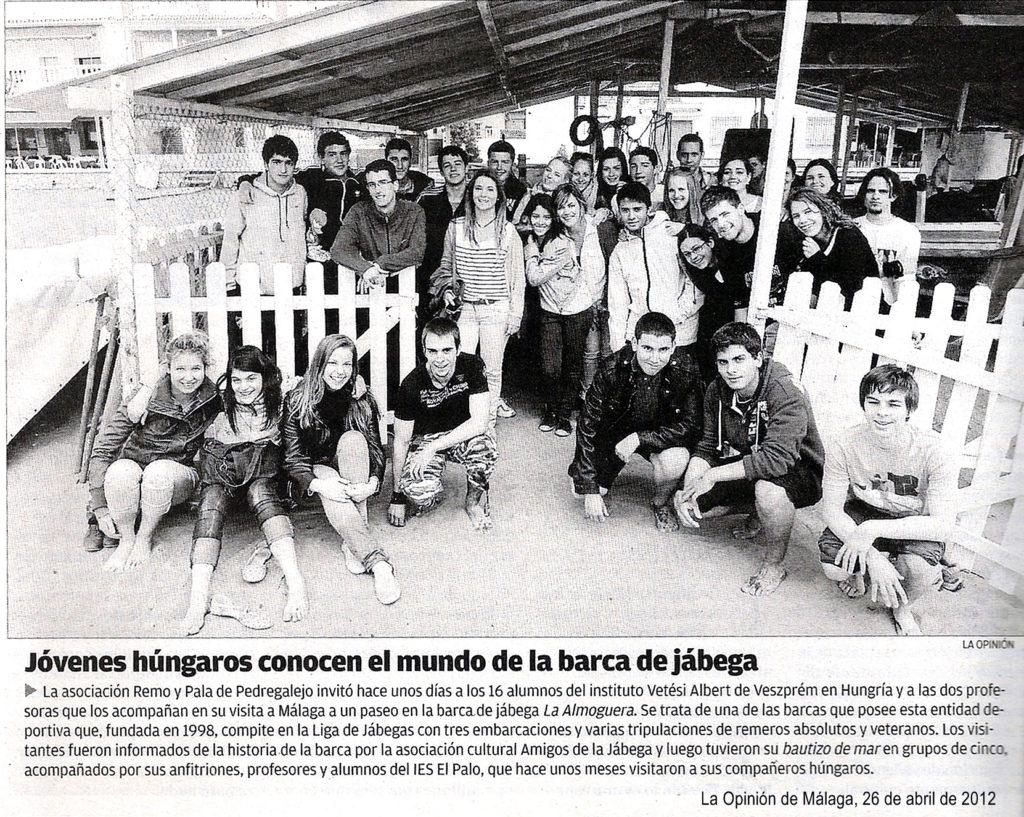 Jóvenes húngaros conocen el mundo de la barca de jábega (La Opinión, 26/abril/2012)