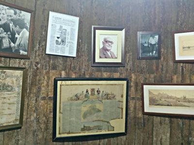 Fotos de un pequeño museo de recuerdos.